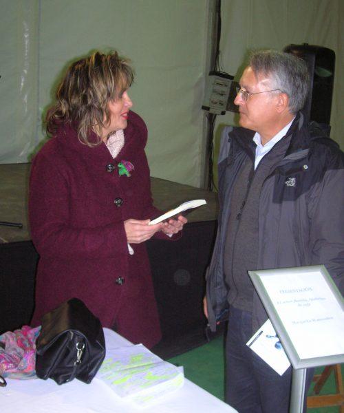 CON EL ESCRITOR ANDRES NADAL EN LA FERIA DEL LIBRO DE BORMUJOS (1)